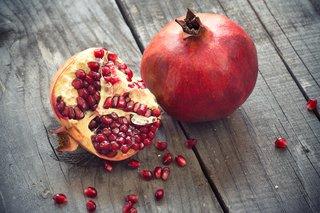 Granatapfel abnehmen