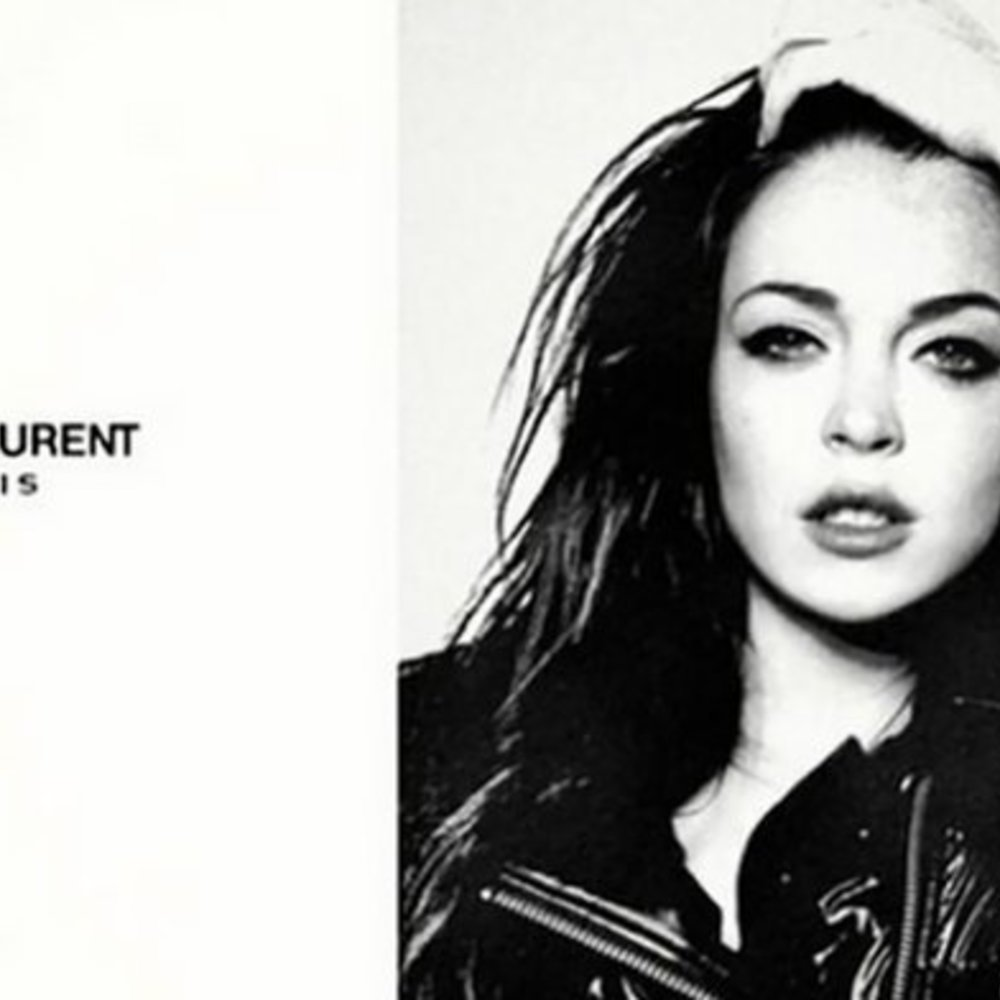 Lindsay Lohan photoshopt sich zum Yves Saint Laurent Model
