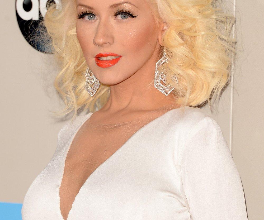 Christina Aguilera lässt die Hüllen fallen