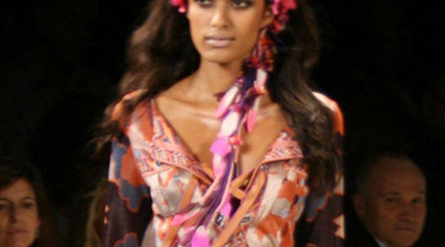 Modetrend Haarschmuck: Schleifen und Bänder gehören in die Haare!