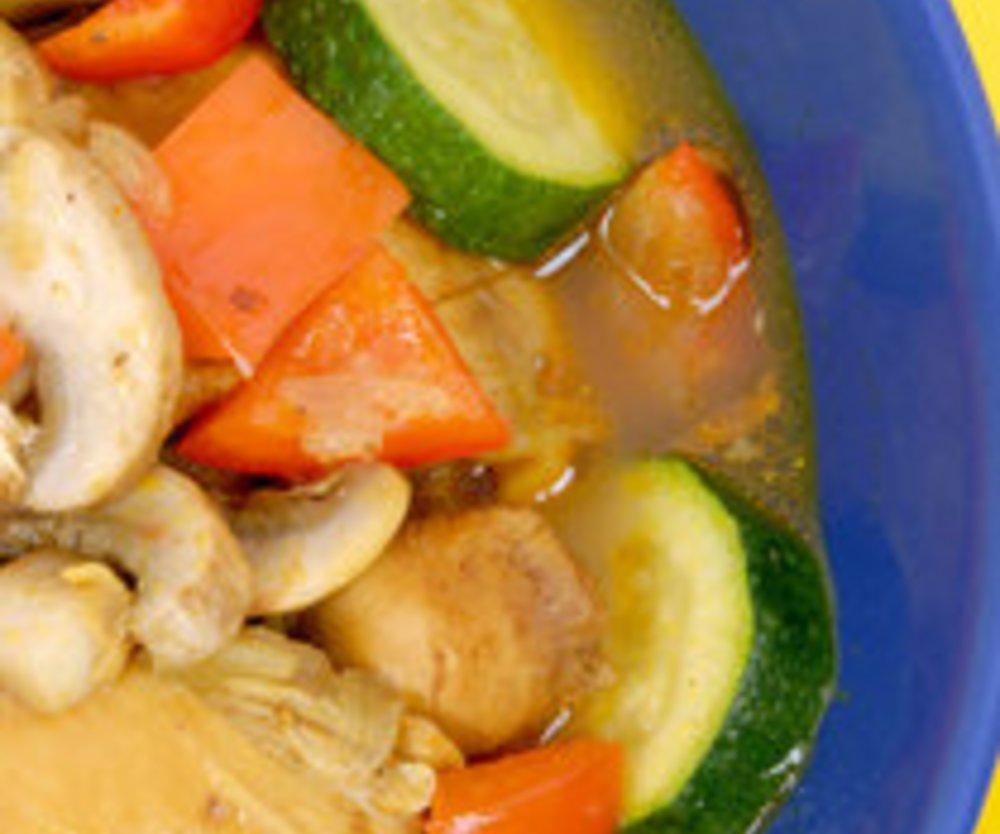 Gemüsepfanne mit Hähnchen