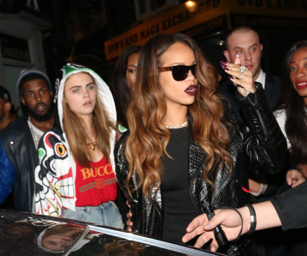 Rihanna und Cara Delevingne planen Party-Urlaub