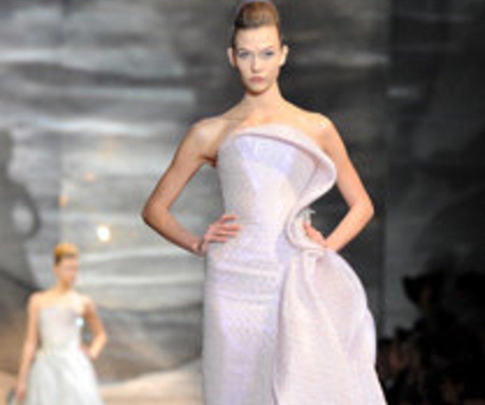 Giorgio Armani verzaubert mit seinen Haute Couture-Kreationen