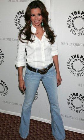 Flared Jeans an Trendsetterin Eva Longoria.