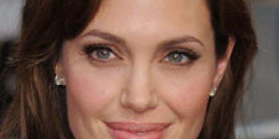 Angelina Jolie: Shiloh muss Klamotten auftragen