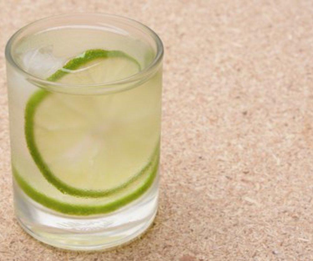 Caipirinha ohne Alkohol