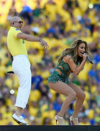 Pitbull als Fußball-Fan