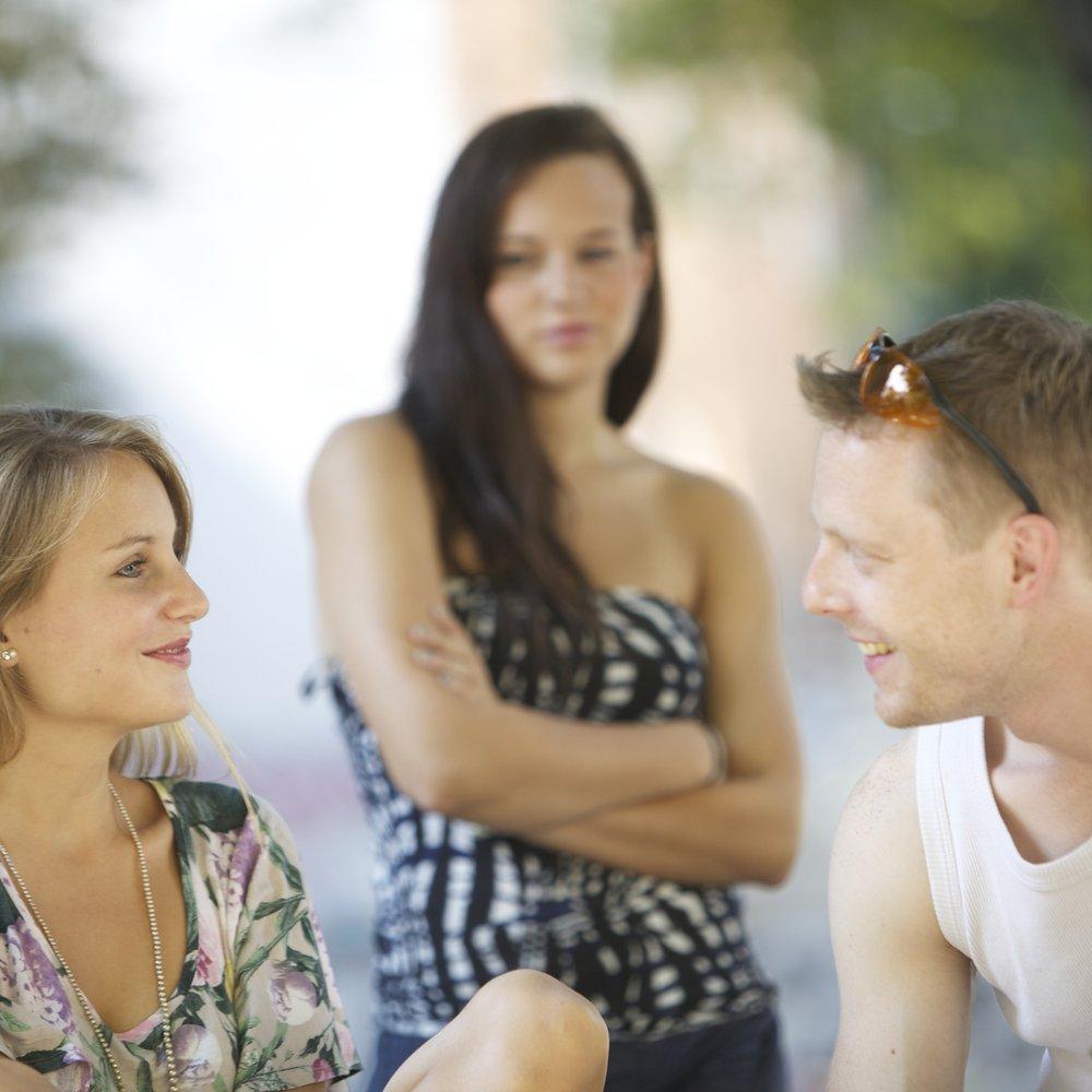 Exfreundin bedroht Beziehung