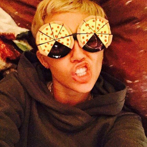 Miley Cyrus hat eine neue Brille