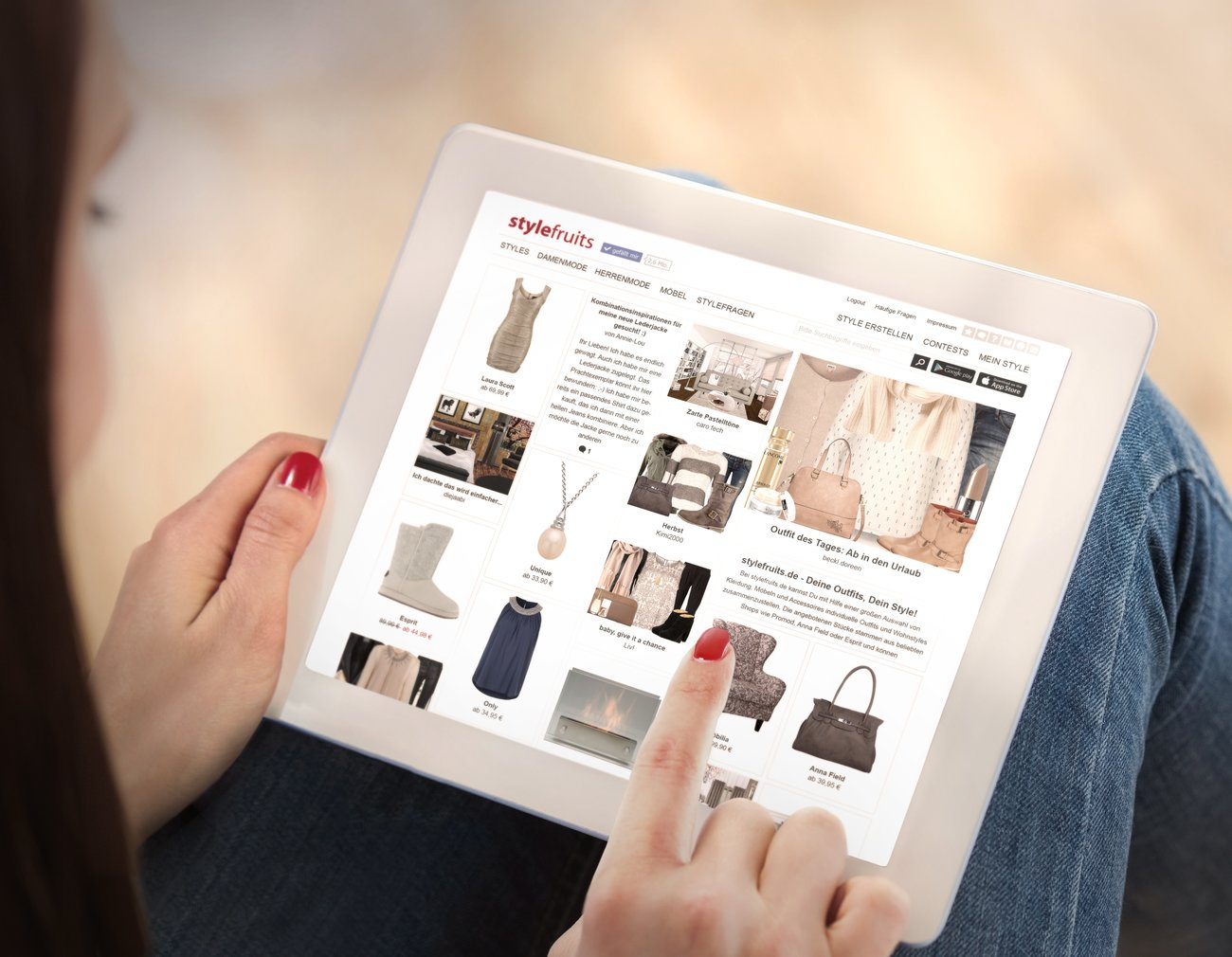 Stelle Dir Dein Lieblings-Outfit zusammen und bestelle es gleich im jeweiligen Onlineshop.