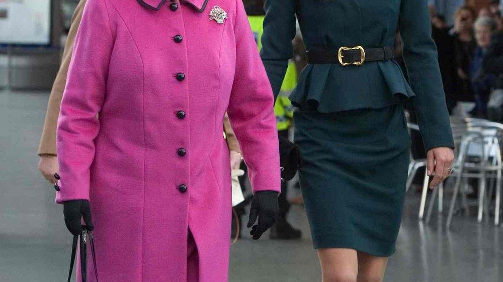 Kate Middleton und Königin Elizabeth gehen auf Tour