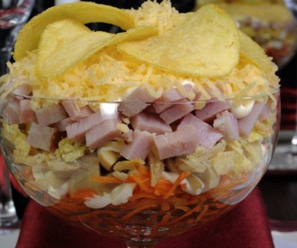 Schichtsalat mit Ananas