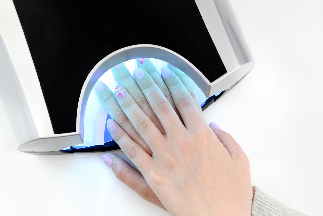 UV Nagellack - UV-Lampe