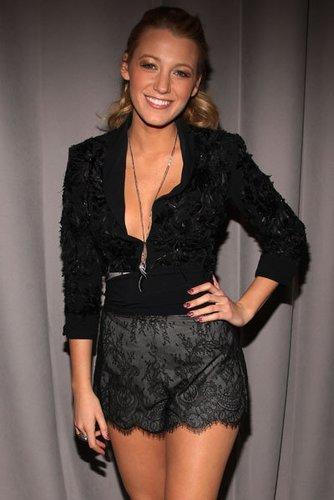 Gossip Girl-Star Blake Lively war mit Penn Badgley liiert