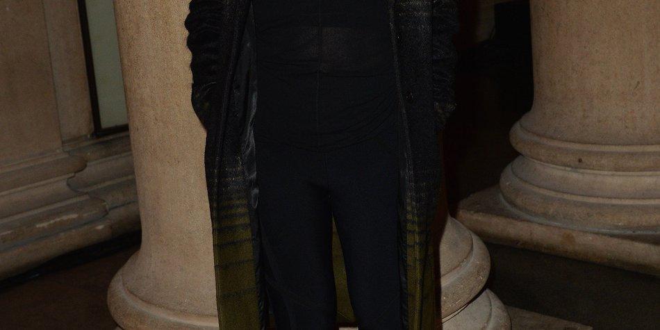 Ellie Goulding halbnackt bei X Factor