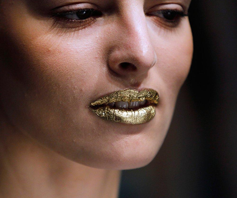 Goldene Lippen