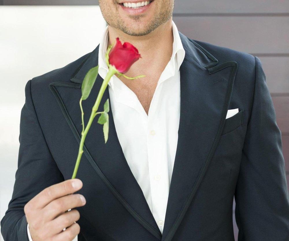 Der Bachelor vergibt seine letzte Rose