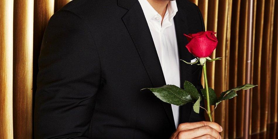 """Andrej ist der neue Bachelor  Verwendung der Bilder für Online-Medien ausschließlich mit folgender Verlinkung: """"Alle Infos zu """"Der Bachelor"""" im Special bei RTL.de: https://www.rtl.de/cms/sendungen/show/der-bachelor.html"""