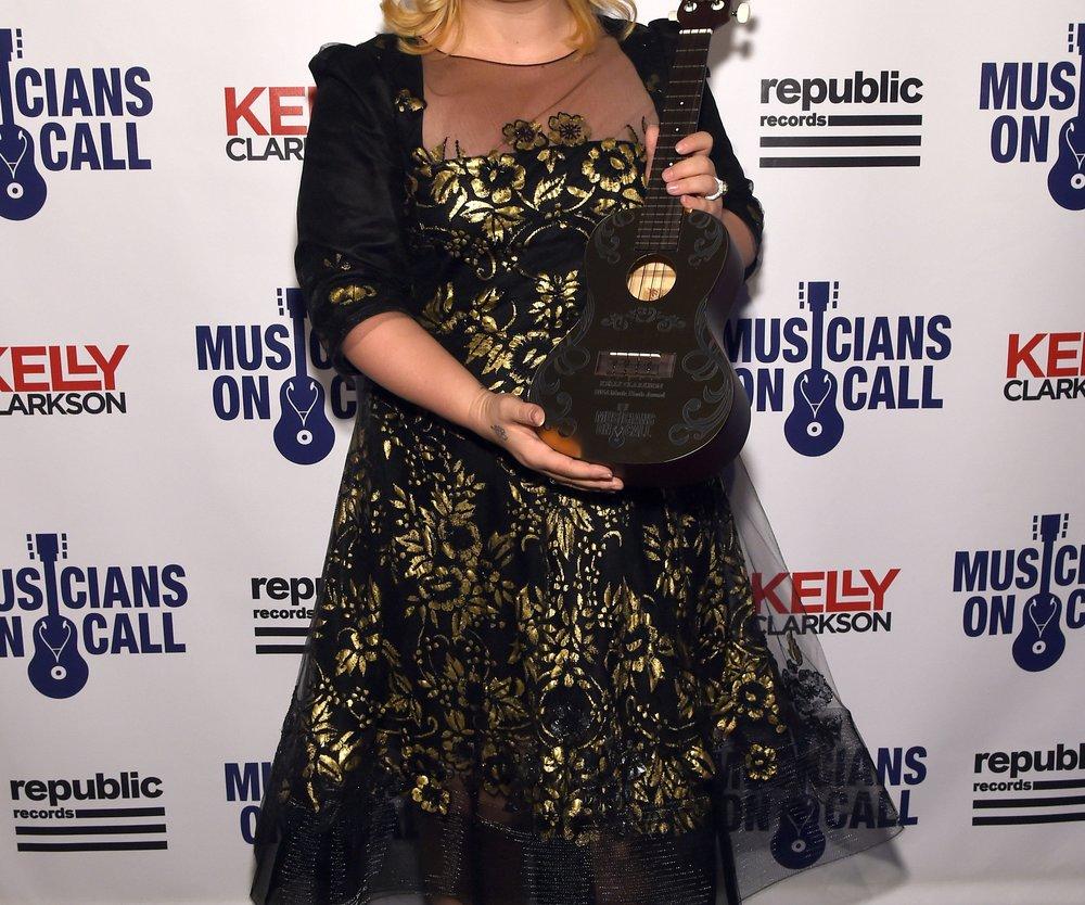 Kelly Clarkson wird beleidigt