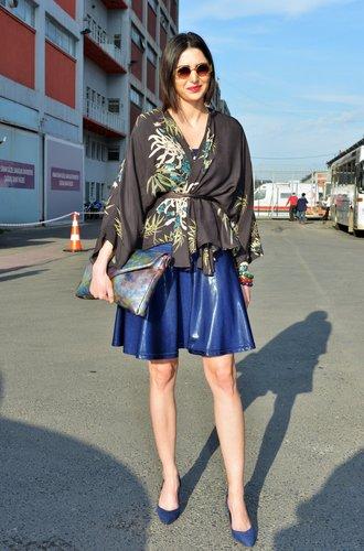 Blauer Rock zu Kimono