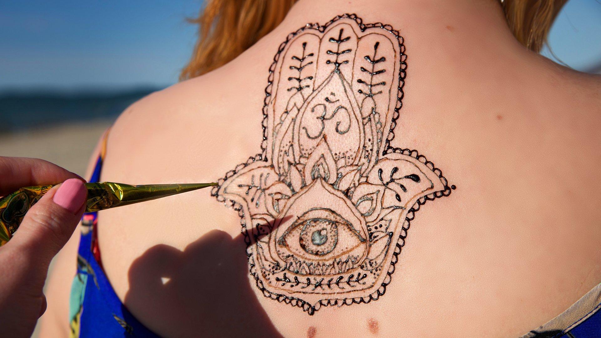 Auge bedeutung tattoo mit hand ▷ 1001