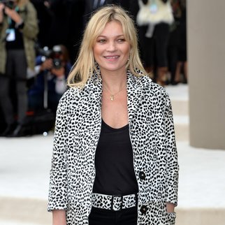 LONDON, ENGLAND - SEPTEMBER 21: Kate Moss attends the Burberry Prorsum show during London Fashion Week Spring/Summer 2016/17 on September 21, 2015 in London, England. (Photo by Anthony Harvey/Getty Images)