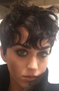 Katy Perry: Kurzer Pixie