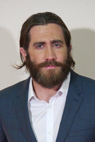Jake Gyllenhaal mit Zopf