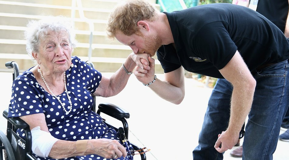 ORLANDO, FL - MAY 12: Prince Harry meets 95 year old Ruth Uffleman at the wheelchair tennis on the final day of the Invictus Games Orlando 2016 at ESPN Wide World of Sports on May 12, 2016 in Orlando, Florida. Prince Harry, patron of the Invictus Games Foundation is in Orlando for the Invictus Games 2016. The Invictus Games is the only International sporting event for wounded, injured and sick servicemen and women. Started in 2014 by Prince Harry the Invictus Games uses the power of Sport to inspire recovery and support rehabilitation. (Photo by Chris Jackson -Pool/Getty Images for Invictus)