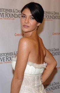 Jessica Szohr: Elegante Hochsteckfrisur