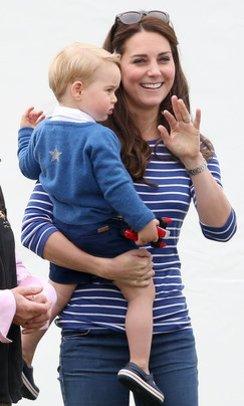 Kate Middleton mit ihrem Sohn